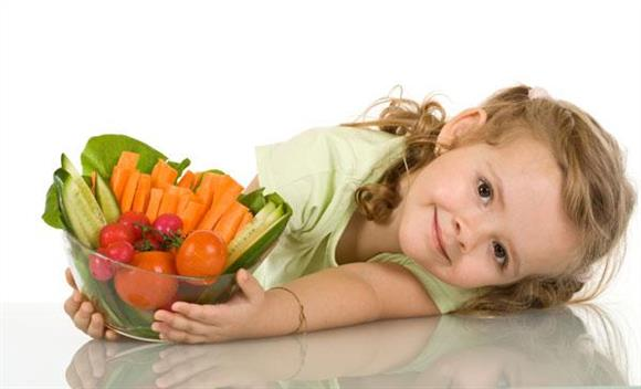 Young gymnasts eat healthy