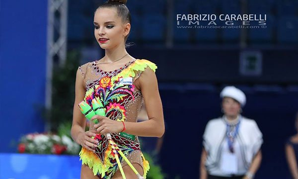 Dina Averina's Clubs Magic: The Most Difficult in Rhythmic Gymnastics For 2017