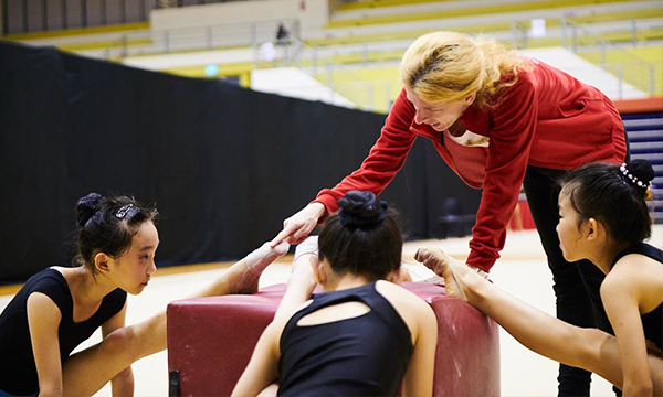 Bulgarian Nine-time World Champion Helps